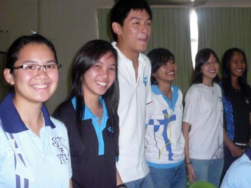 KYCS members posing